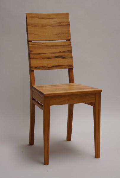 Stuhl 405 mit Holzsitz und Holzrücken
